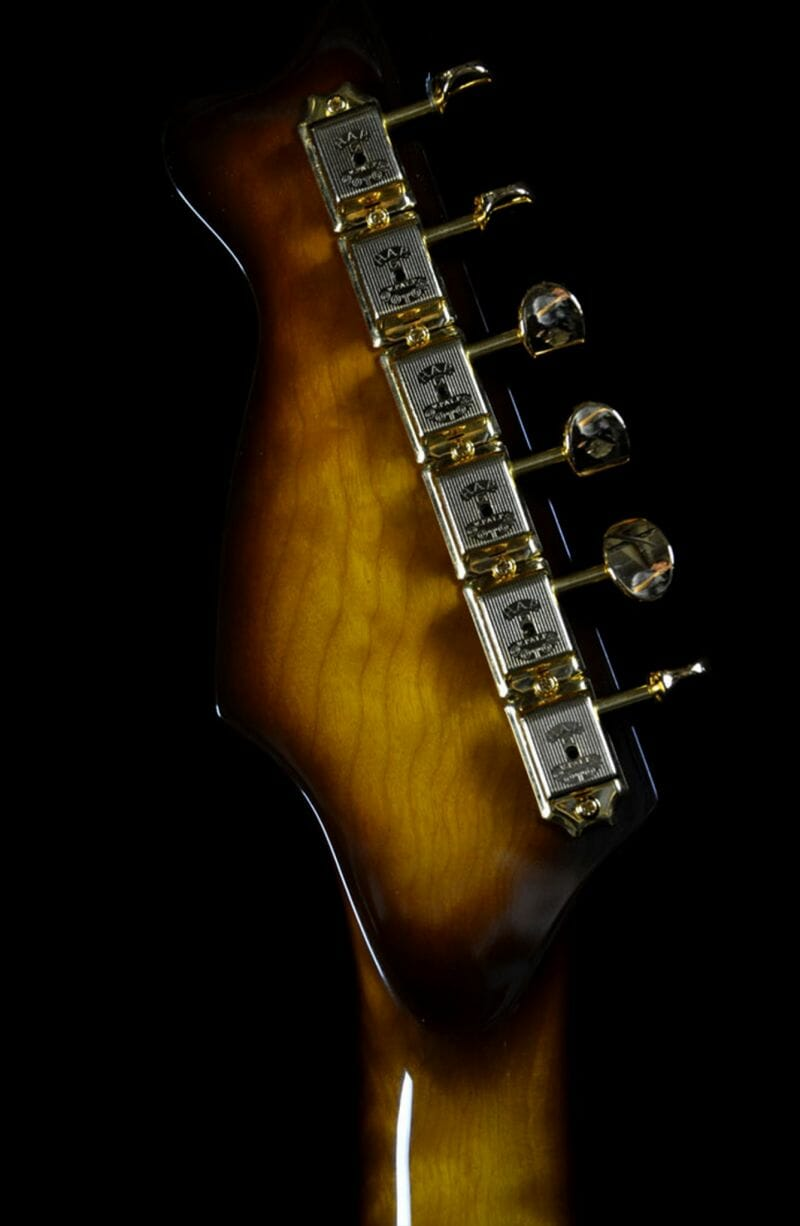 The Cowboy RH Custom Guitar Shop 11